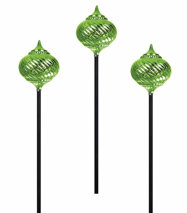 Beau Solar Onion Finial Garden Stakes (Set Of 3)   Green