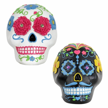Sugar Skull Statues - Black & White - Click to enlarge
