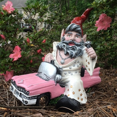 Vegas Gnome in Pink Cadillac - Click to enlarge