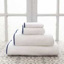 Banded White/Indigo Bath Towels<font color=cf2317> 20% Off</font>