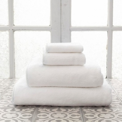 Banded White/White Bath Towels<font color=a8bb35> 20% OFF</font>