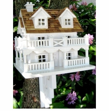 Bird Houses & Bird Feeders