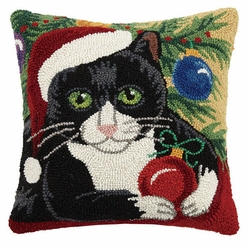 Christmas Cat Hooked Pillow<font color=cf2317> Sold Out</font>