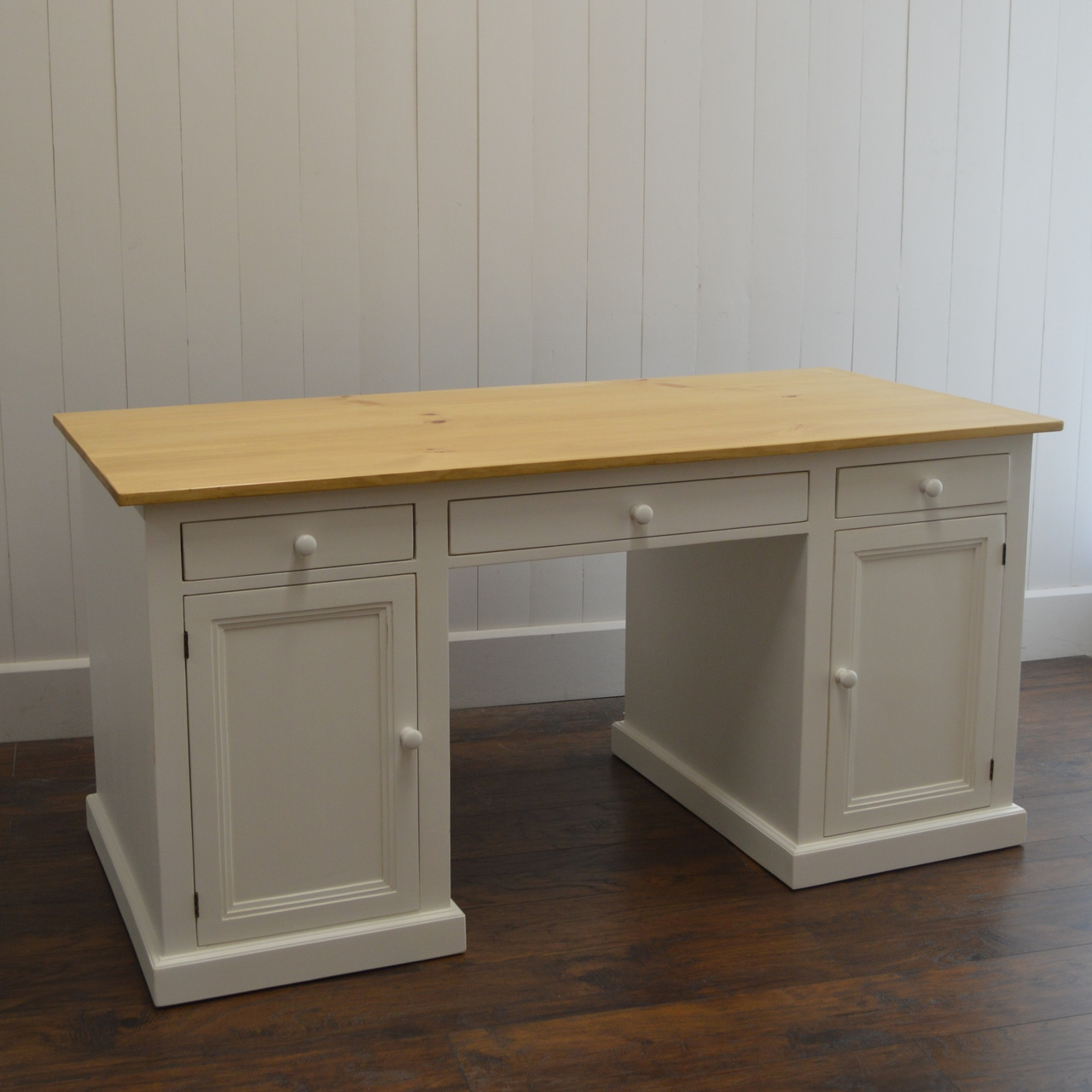 threshold cottage cottagedesk vaughan height products hutch and american bassett item trim great width desk