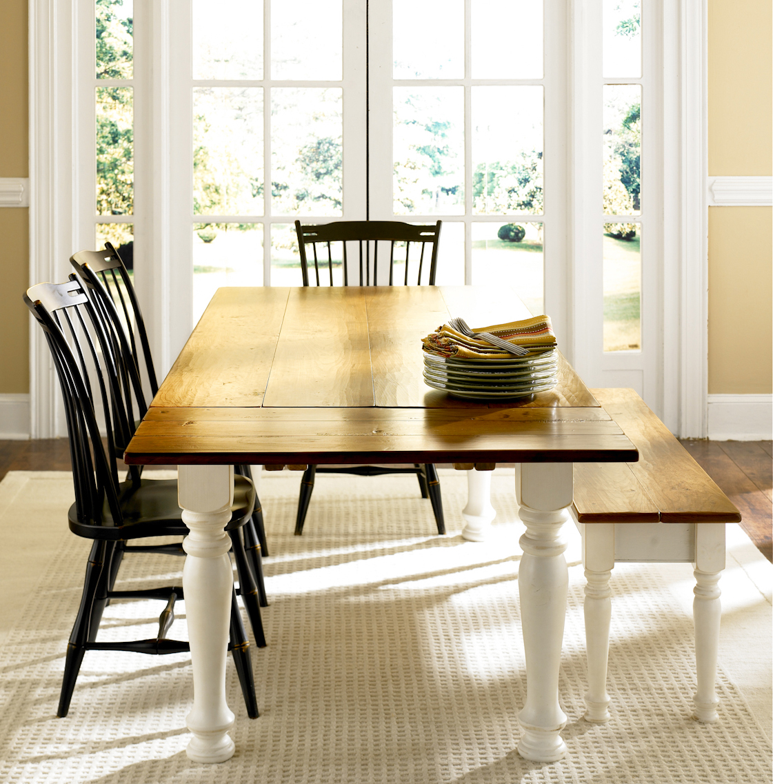 Classic Cottage Dining Table For Sale
