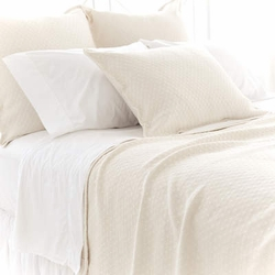Diamond Matelasse Coverlet in Ivory
