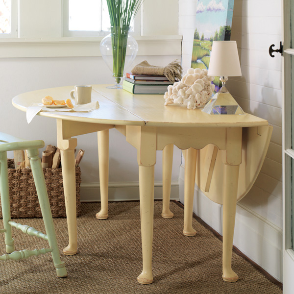 Hamptons Oval Dining Table For Sale Cottage Amp Bungalow