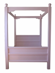 New England Cottage Canopy Bed