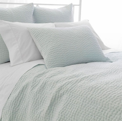 Seychelles Quilt in Sky Blue
