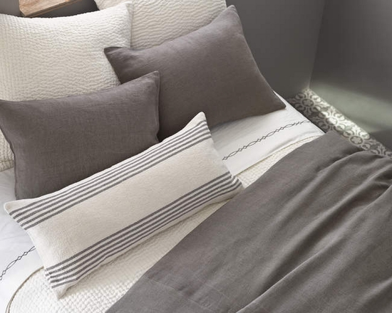 Pine Cone Hill Stone Washed Linen Shale Duvet Cover