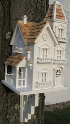 The Victorian Manorhouse Bird Feeder