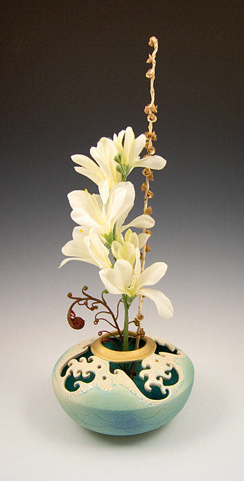 Ceramic Wave Ikebana Vase For Sale Cottage Amp Bungalow