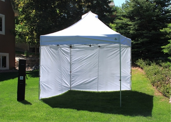 Pop Up Sidewalls : Undercover commercial popup canopy with carry bag