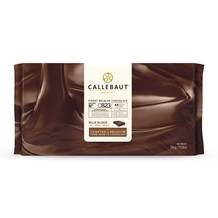 Callebaut C823 Belgian Chocolate, Milk Chocolate BLOCK, 31.7% Cocoa, natural vanilla, 5-Bar Case 25kg/55.0lbs.