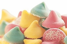 "Guittard Chocolate - ""Assorted Mint Nonpareils"" Pink, Green and Yellow, 2lb Bag, Repackaged. (Single)"