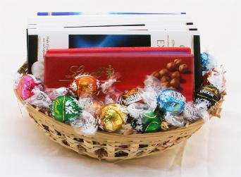 Lindt Chocolate Gourmet Classic Gift Basket!