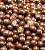 "Valrhona ""Les Perles Craquantes"" Crunchy Cereal Pearls Coated in Milk Chocolate, Caramel Flavored, 36% Cocoa, Repackaged, 2lb"