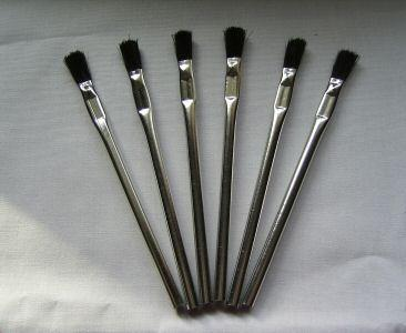 6 APPLICATION BRUSHES