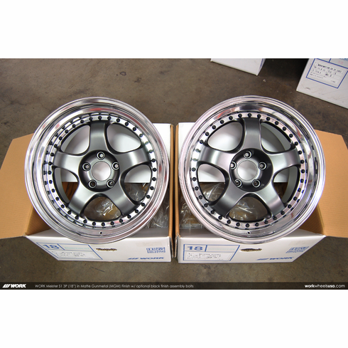 WORK Meister S1 3P (MGM)<br>(2) 18x10.0 +43 / (2) 18x10.0 +43<br>5x114.3