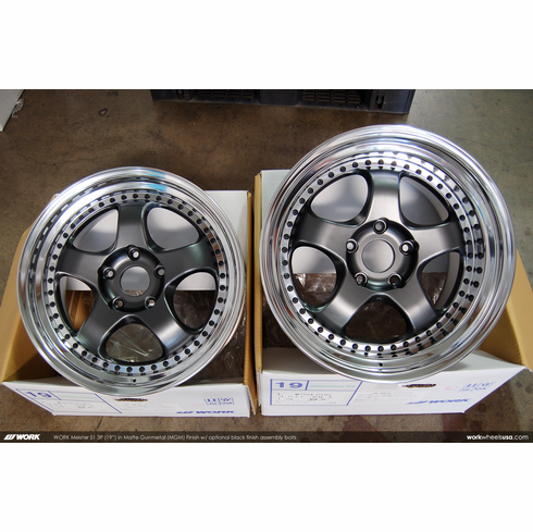 WORK Meister S1 3P (MGM)<br>(2) 19x8.5 +48 / (2) 19x11.5 +48<br>5x130