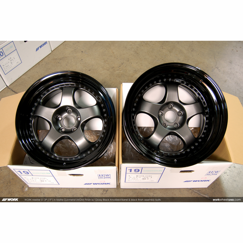 WORK Meister S1 3P (MGM)<br>(2) 19x9.5 +17 / (2) 19x11.0 +10<br>5x114.3