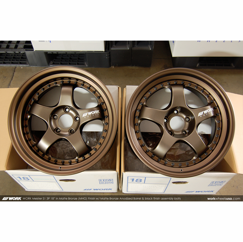 WORK Meister S1 3P (MHG)<br>18x9.0 +31 / 18x9.0 +30<br>5x114.3