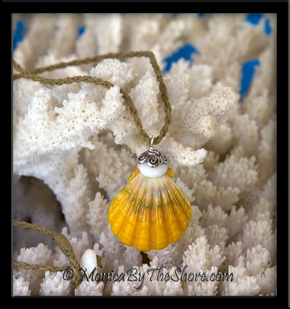 """Bali """"Country Style"""" Hawaiian Sunrise Shell and Puka Shells Surfers Corded Necklace"""