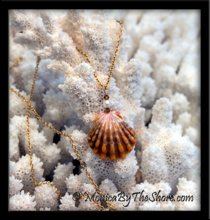 Burnt Orange Hawaiian Sunrise Shell, Swarovski Crystals & Pearl Gold Necklace