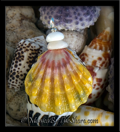 """Multi Color """"Country Style"""" Sunrise Shell and Puka Shells Pendant 3"""
