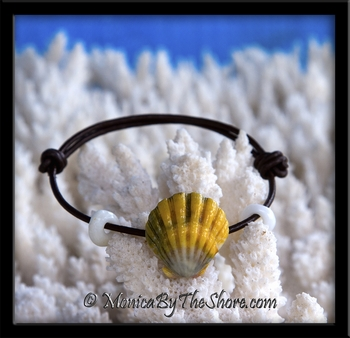 "The ""Naturalist"" Multi-Color Sunrise Shell on Rolled Leather with Puka Shells Bracelet"