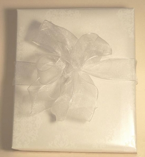 Bridal Gift Wrap - Elegant White Medallion