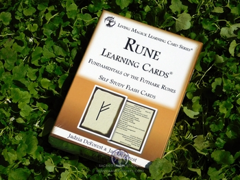Runes Learning Cards - Self Study Flashcards Deck