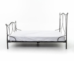 Azzo Iron Queen Bed (Black)