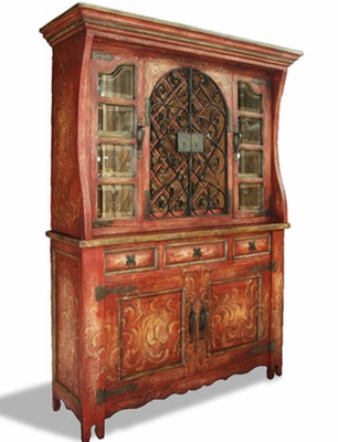 French Country Hutch, Pamplona