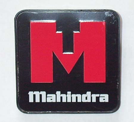 GRILL EMBLEM FOR E-40 MAHINDRA TRACTOR (005556856R91)