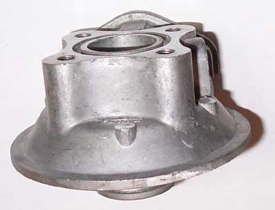 MOUNTING HEAD FOR HYDRAULIC FILTER ON 5530 MAHINDRA TRACTOR (007201394E1)