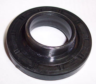 PTO SEAL FOR 7010 MAHINDRA TRACTOR (16322732000)