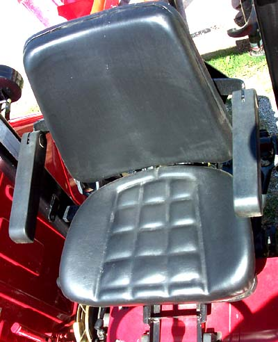 REPLACEMENT SEAT ASSEMBLY FOR 6525 MAHINDRA TRACTOR