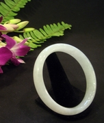 Pure White Jade Bangle