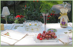 Tableware Set with Grape Vines