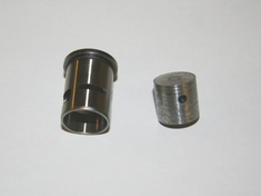 Sh .18 Piston and Sleeve ~