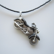 Black Enamel Motorcycle Rhinestone Spinner Metal Charm Pendant Leather Necklace