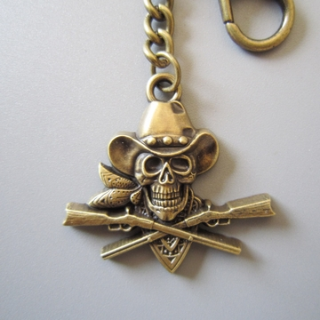 New Vintage Bronze Plated Pirate Skull Western Cowboy Metal Charm Pendant Key Ring Key Chain