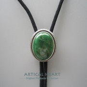 New JEAN'S FRIEND Original Handcraft Nature Green Stone Oval Bolo Tie Wedding Necklace