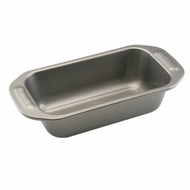 Circulon Nonstick Bakeware 9-Inch-by-5-Inch Loaf Pan - click to enlarge