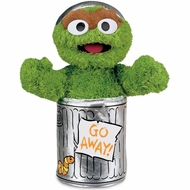 Gund 075860 Sesame Street Oscar the Grouch Plush - click to enlarge