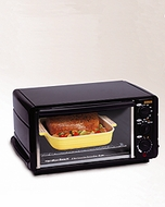 Hamilton Beach 31169 Family Size Toaster Oven / Broiler - click to enlarge
