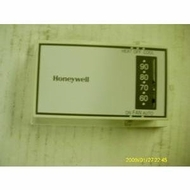 Honeywell T8034C1341 New Construction HEAT/COOL Thermostat - click to enlarge