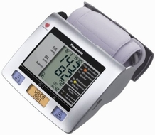 Panasonic EW3122S Upper Arm Blood Pressure Monitor - click to enlarge