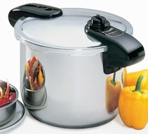 Presto 01370 Professional 8 Quart Stainless Steel Pressure Cooker - click to enlarge